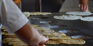 Tortillería, uno de los típicos MiPyMEs en México / Foto: Jon Sullivan