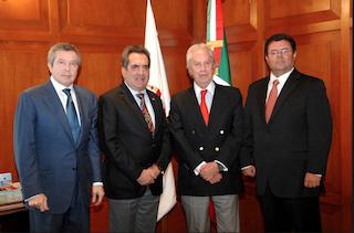 Luis Orvañanos en reunión con el gobernador de Aguascalientes