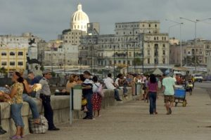 Malecon La Habana Cuba (AC)