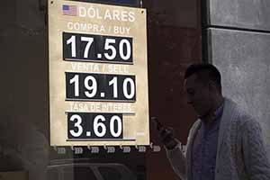 MEXICO-CIUDAD DE MEXICO-ECONOMIA-DOLAR